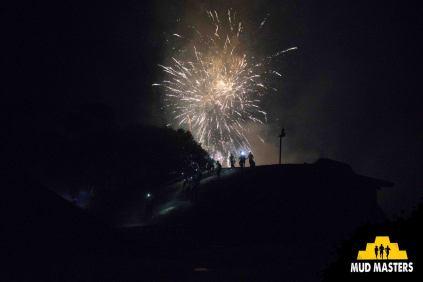 Mud Masters Obstacle Run Night Shift, Hindernislauf Deutschland, Feuerwerk Start